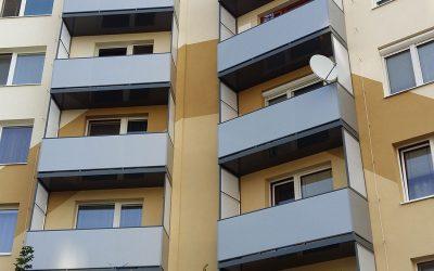 MS KOVO plus - balkony - Bartokova - Sturovo (1)